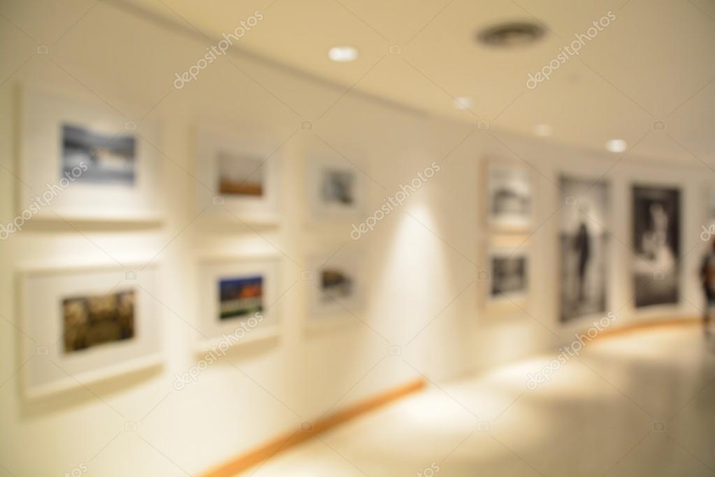 Blurred or defocus of Art Gallery or Museum Background
