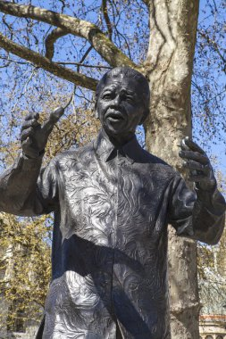 Nelson Mandela Statue in Parliament Square, London