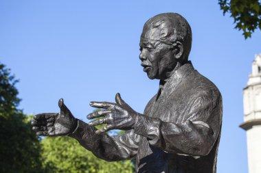 Nelson Mandela Statue in London