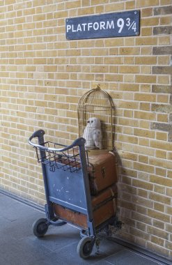 The Harry Potter Platform 9 and Three Quarters at Kings Cross Station