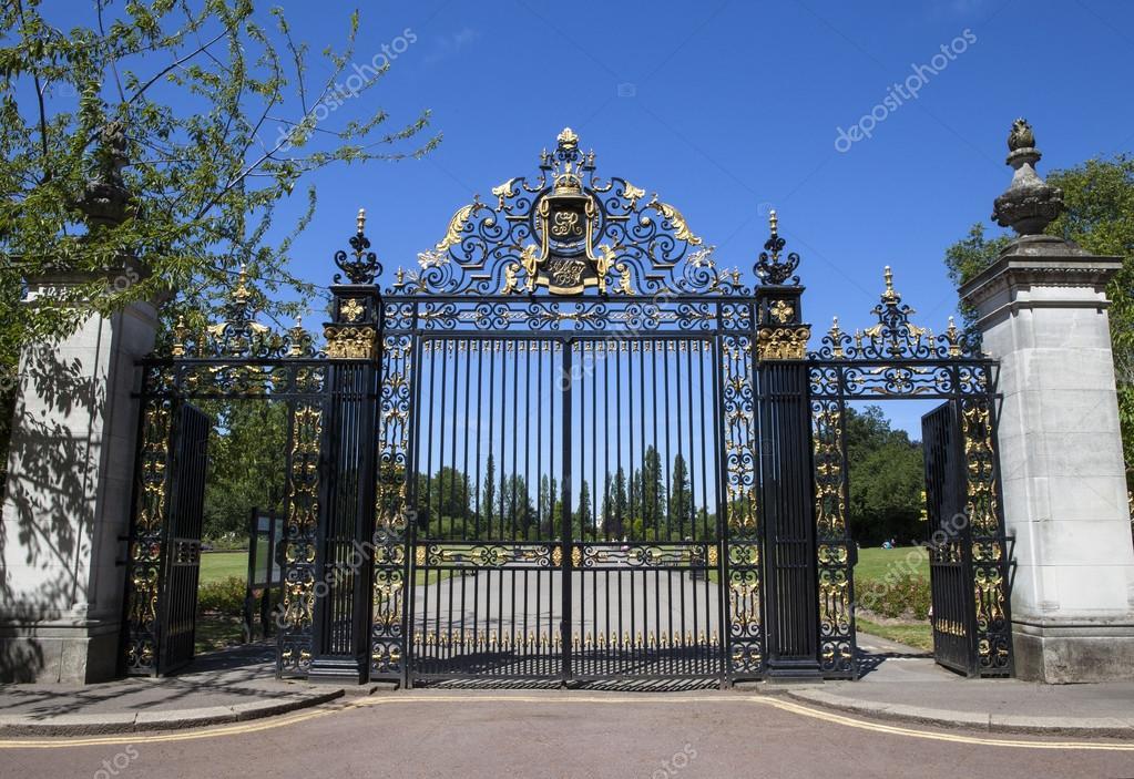 Cancelli di giubileo al regents park di londra foto - Silver la porta di liv ...
