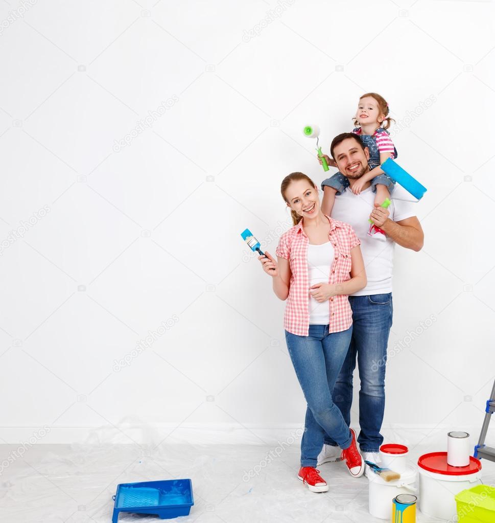 Mutlu Aile Anne Baba Ve çocuk Kız Onarım Işi Stok Foto