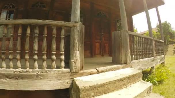 Starožitný dřevěný dům