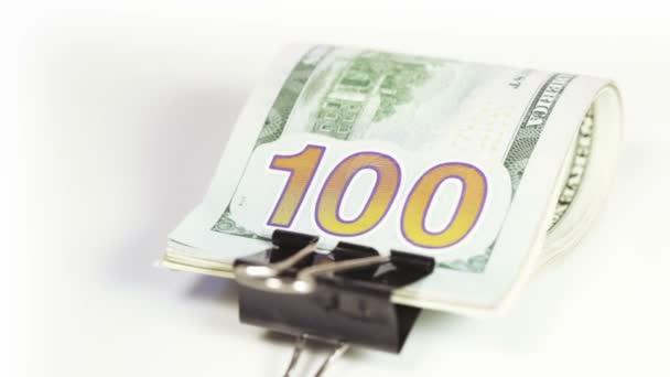 Zásobníku dolarů s klipem