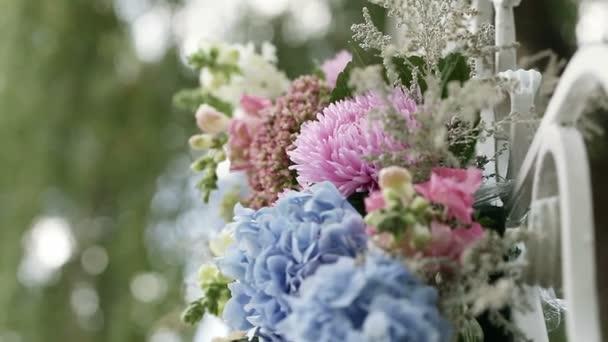 Odlišení jednotlivých uspořádání květin