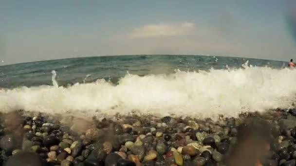Kavicsok és surf