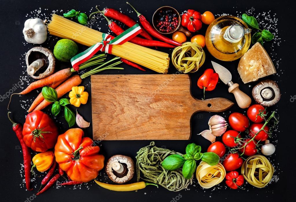 Ingr dients de la cuisine italienne sur fond ardoise Fond de cuisine