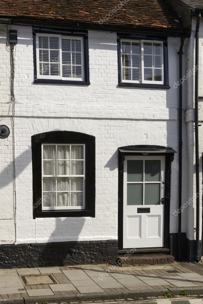 Witte en zwarte cottage gevel henley op thames stockfoto halpand 53668169 - Gecoat witte gevel ...