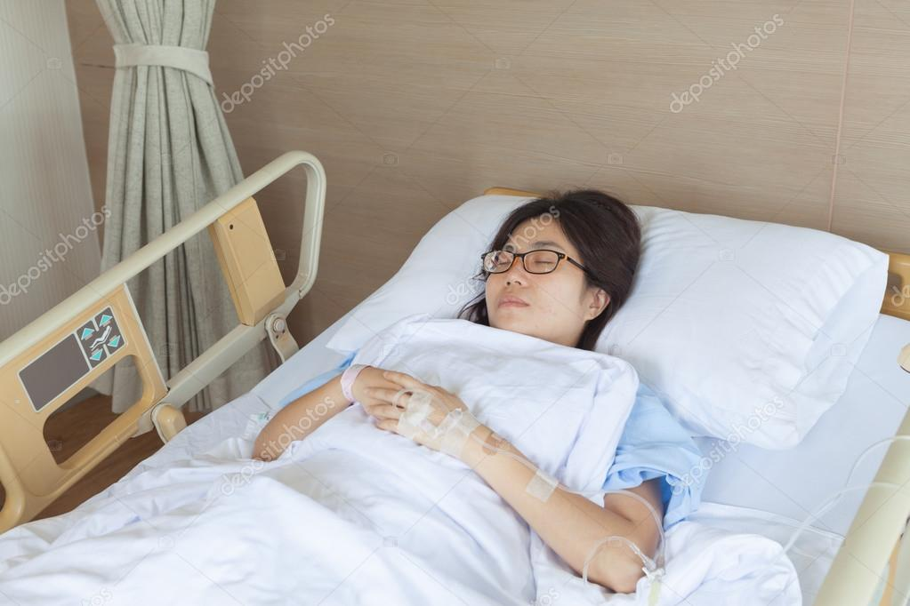 asian-girls-in-hospital
