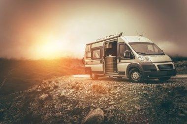 RV Camper Journey North