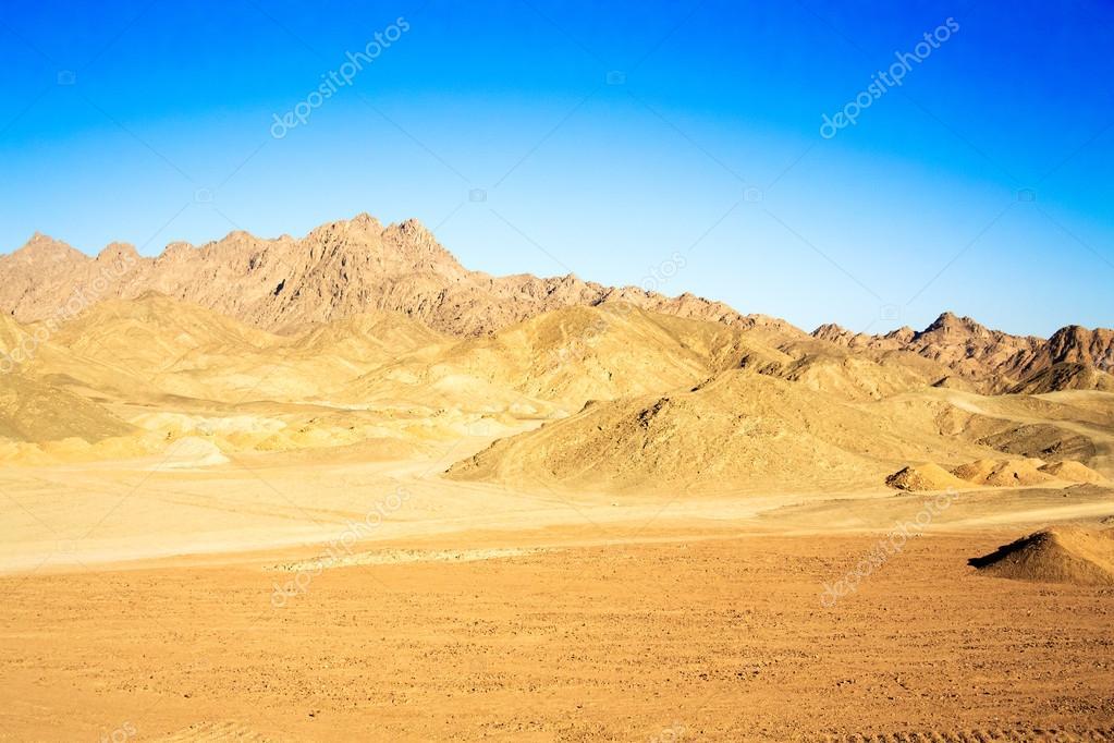 エジプト東部砂漠の風景 — スト...