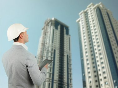 Building inspector or structural engineer
