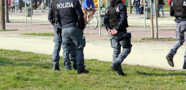 Italian police patrolling the Park in search of drug dealers