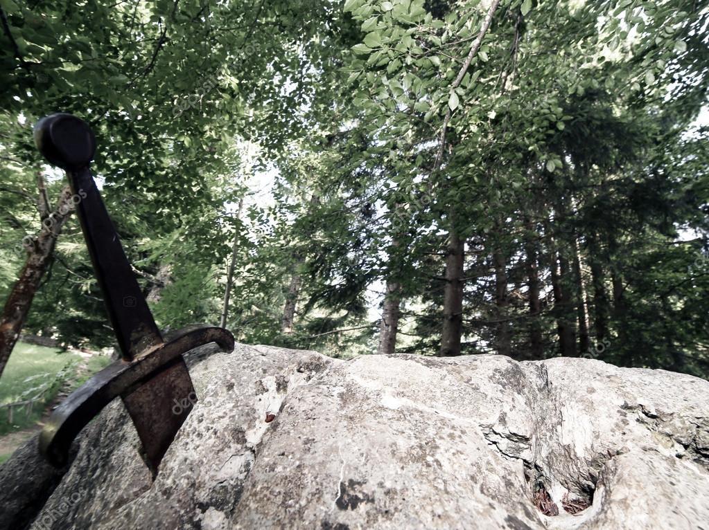 Excalibur Im Stein