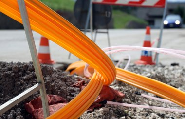 road excavation for the laying of optical fiber for high speed i