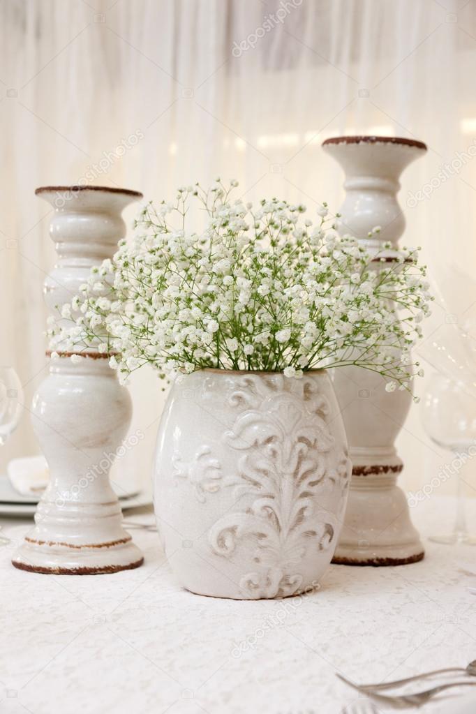 Hochzeit Tisch Mit Blumen Stockfoto C Smoxx 96525394