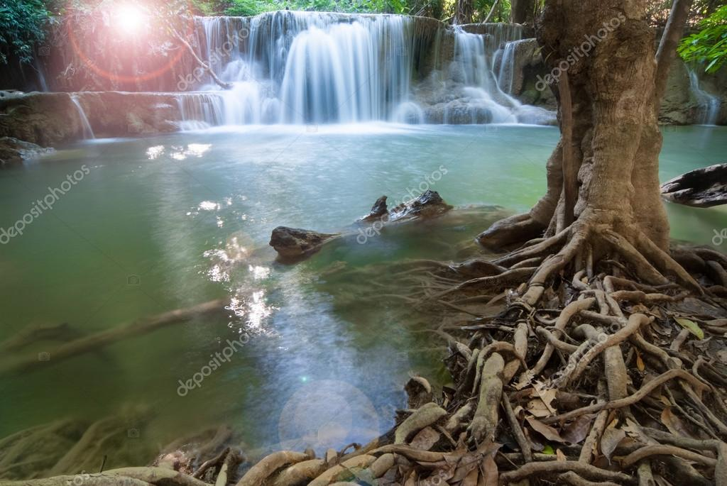 Waterfalls cascading off small cliffs