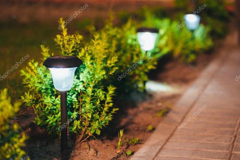 Petit Jardin Solaire Lumière Lanterne En Plate Bande Conception De