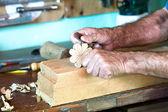 Tesař, modelování kus dřeva