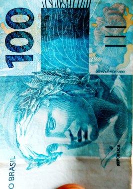 Note 100 Brazilian real