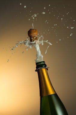 Champagner popping
