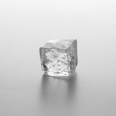 cube of ice with air bubbels