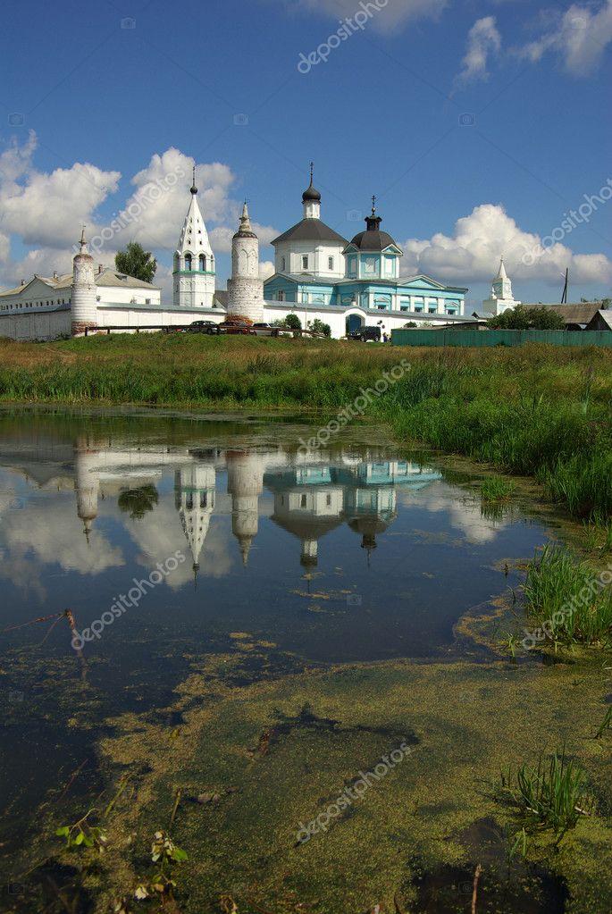 назван бобренев монастырь монахи фото авто украине самый