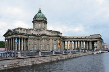 St. Isaac's Cathedral in St. Petersburg in cloudy wather