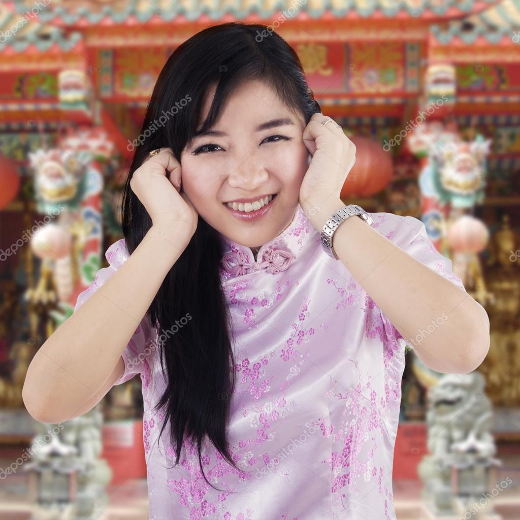 寺でかわいい中国の女の子 — ストック写真 © realinemedia #61484503