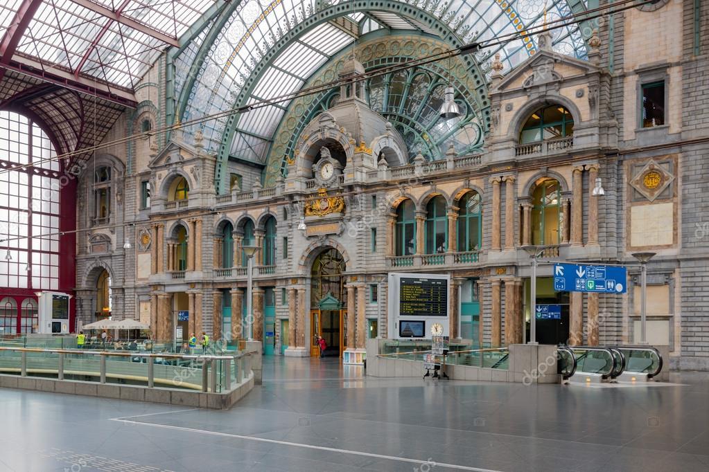 Berühmten Art-Deco Interieur Antwerpen Hauptbahnhof, Belgien ...