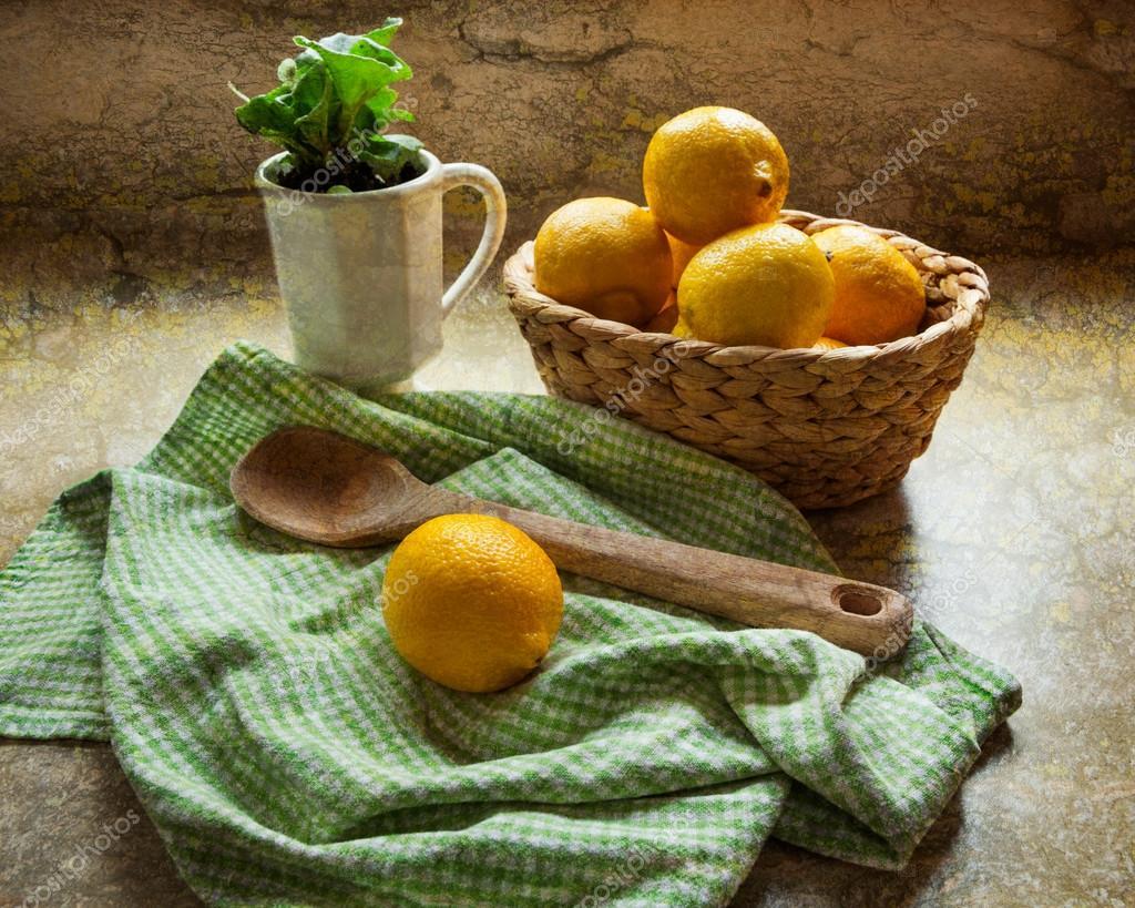 La cocina del país - tiempo de limonada — Fotos de Stock © luvemak ...