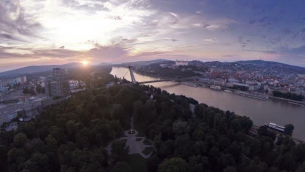 Západ slunce v Bratislavě Slovensko