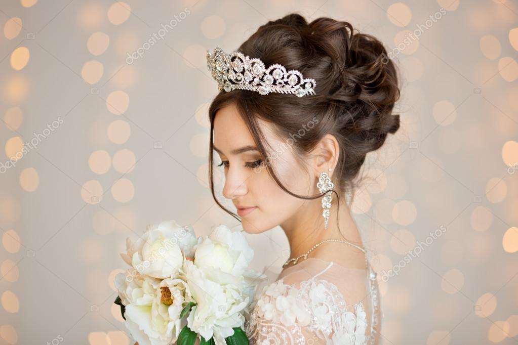 Peinados vestido corto boda