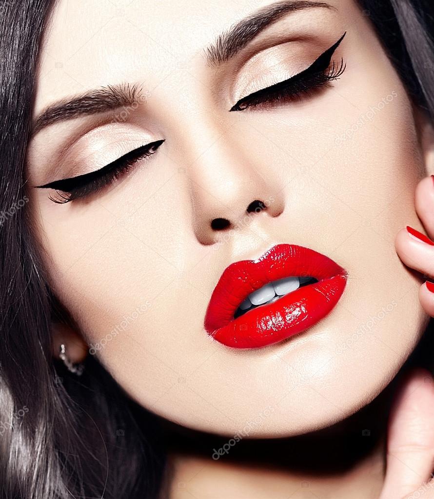 продолжение красивые картинки брови губы стрелки важно выглядеть