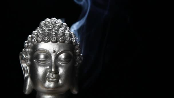felvétel a buddha füst sötét háttér
