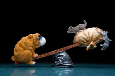 figurine French bulldogs and kitten