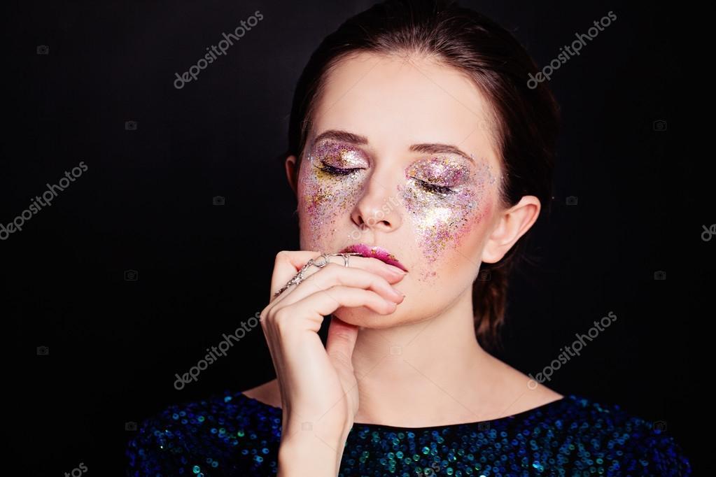 glitter till ansiktet