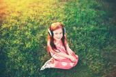 Fényképek Vöröshajú lány fejhallgató