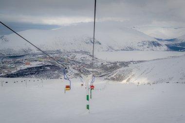 Ski lift chair