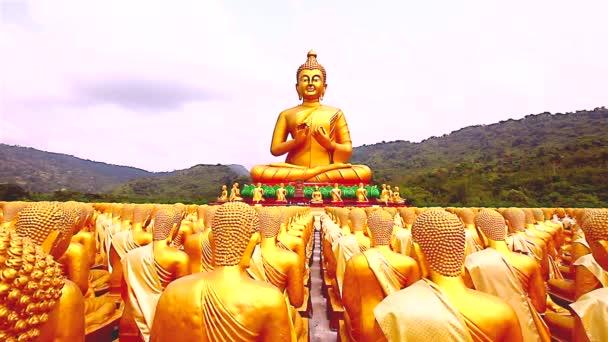 Arany Buddha a Buddha Emlékpark