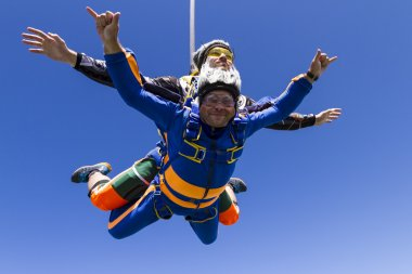 Tandem jump. Flying in free fall