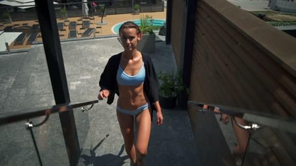 Видео девки в нижнем белье — img 13