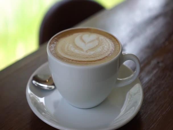 Hot Coffee Latte recept v obchodě s kofeinem