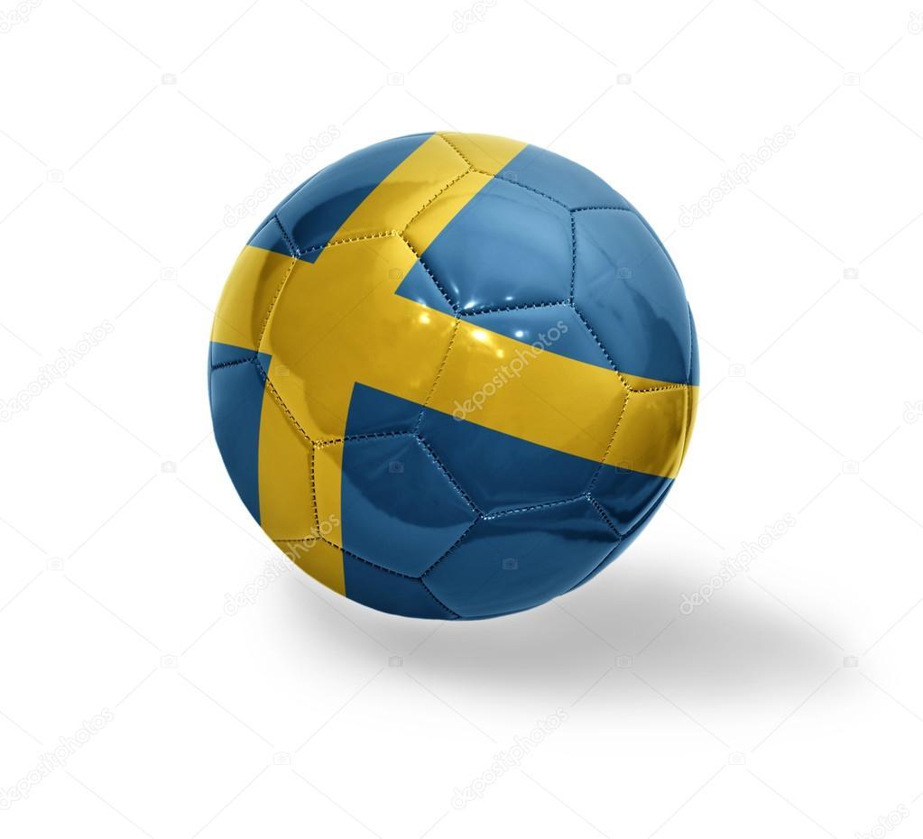 Fotboll boll med nationella flaggan i Sverige på en vit bakgrund — Foto av  Ruletkka b098951fb3d8a
