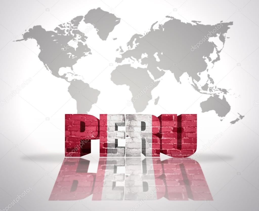 La palabra per en un fondo de mapa del mundo foto de stock word peru with peruvian flag on a world map background foto de ruletkka gumiabroncs Images