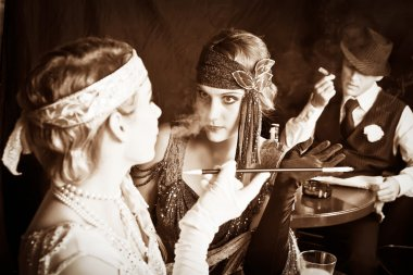 Flapper girls and gangster