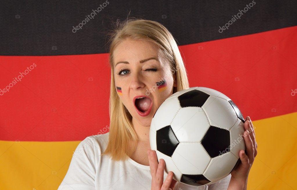 Кросс немецкий футболист