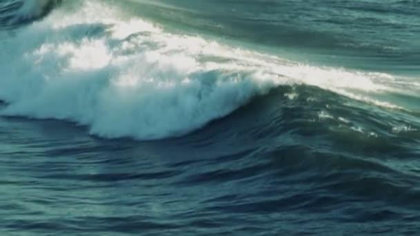 Ocean Wave (super pomalý pohyb)