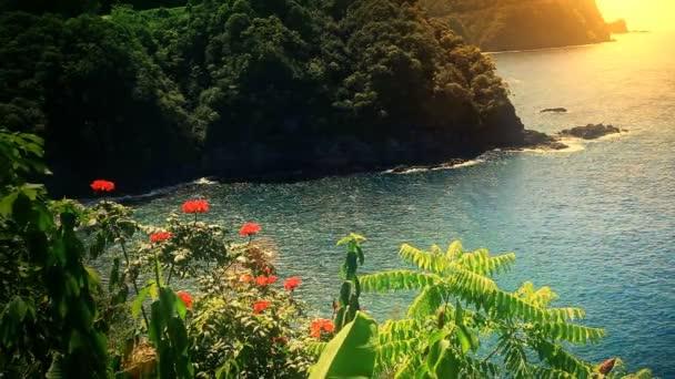 Maui, Hawaii partjainál óceán naplemente