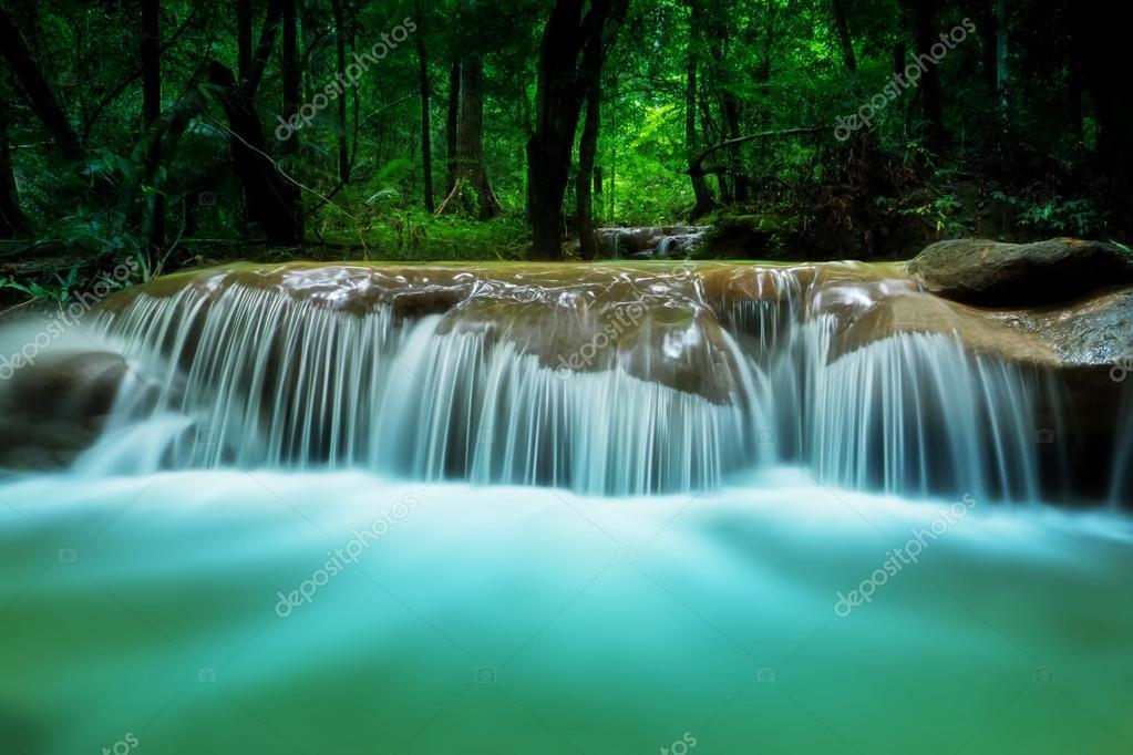 Imágenes Cascadas De Agua Con Movimiento Movimiento Agua Azul De
